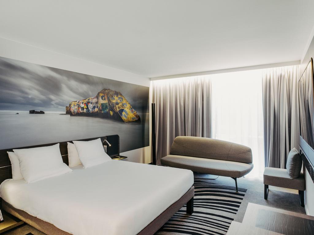 hotel avec piscine et salle de sport h tel orly novotel paris coeur d 39 orly airport all