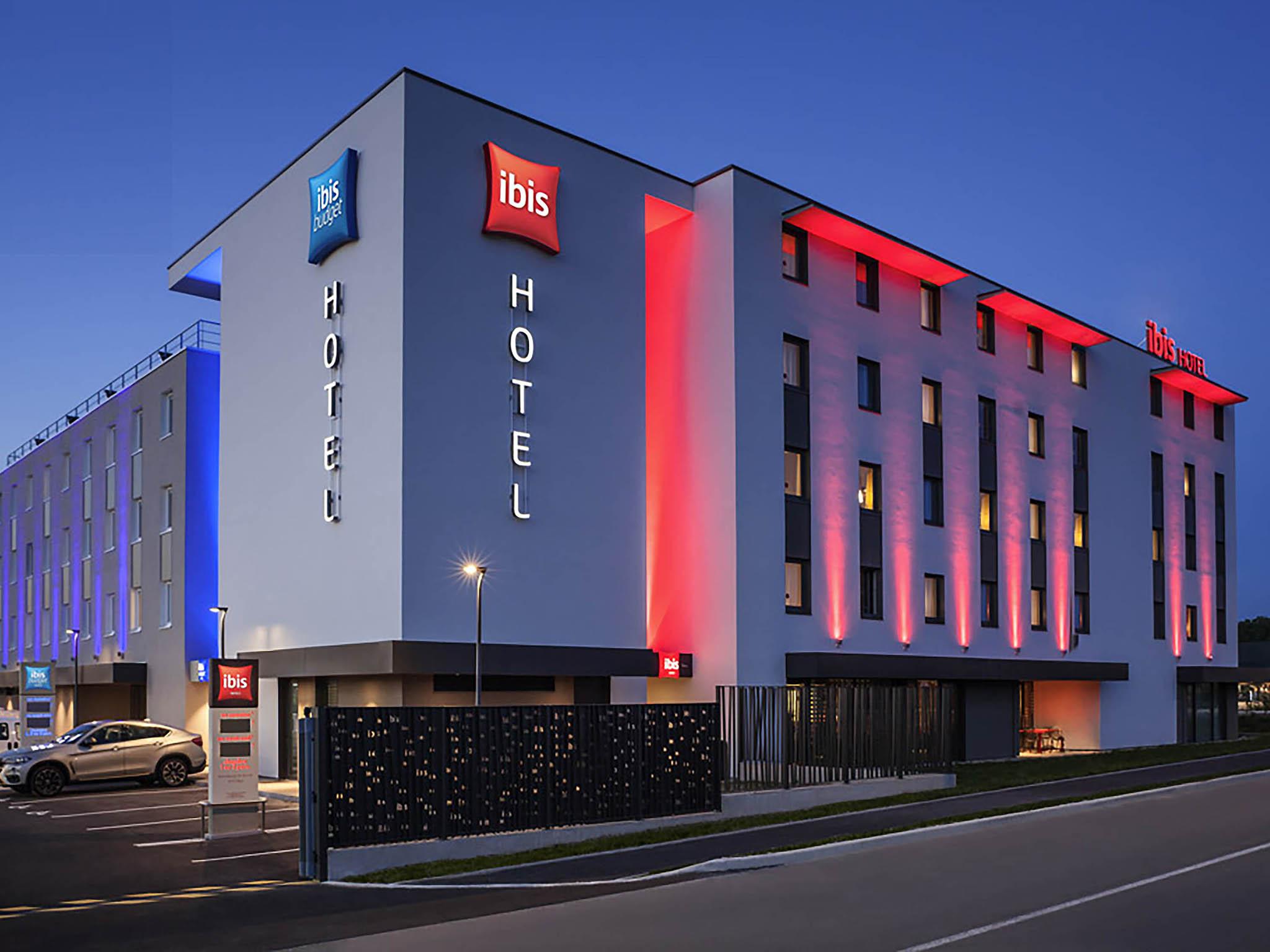 Отель — ibis Sens