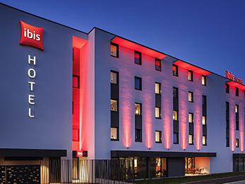 Hotel pas cher sens ibis sens for Comparateurs hotels pas chers