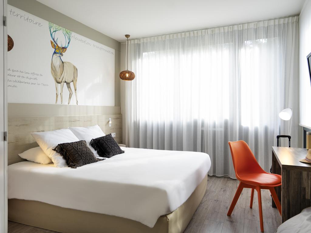 hoteles econ micos saint gregoire ibis styles rennes saint gr goire. Black Bedroom Furniture Sets. Home Design Ideas