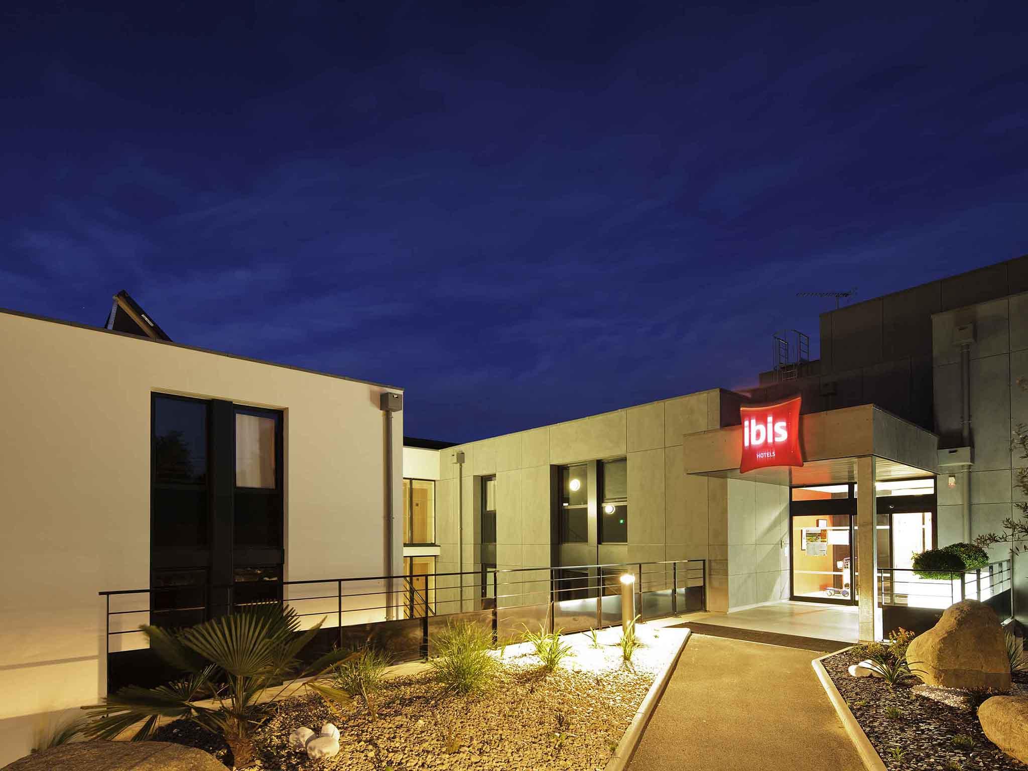 Hotell – ibis Guingamp - Coeur de Bretagne