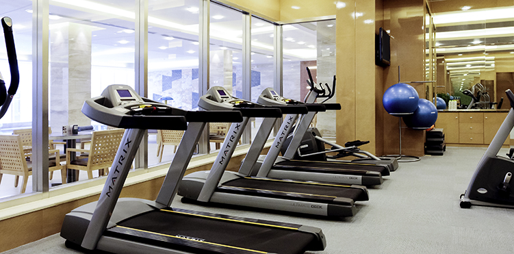 Golf fitness amenities pullman linyi lushang - Best cardio equipment for small spaces property ...