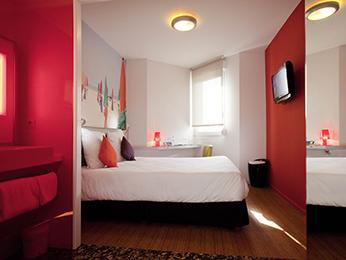 hotel pas cher saint brieuc ibis styles saint brieuc gare centre. Black Bedroom Furniture Sets. Home Design Ideas