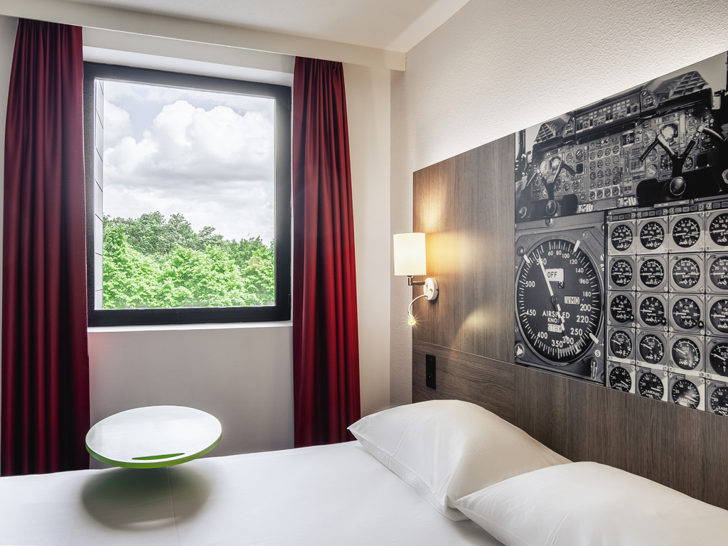Design D Espace Toulouse hotel in toulouse - ibis styles toulouse cite espace - all