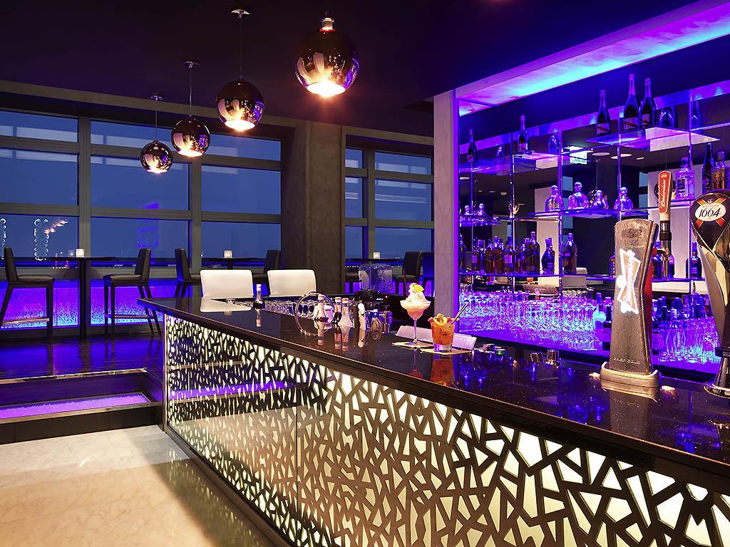 Hotel De Luxe Abu Dhabi Sofitel Abu Dhabi Corniche
