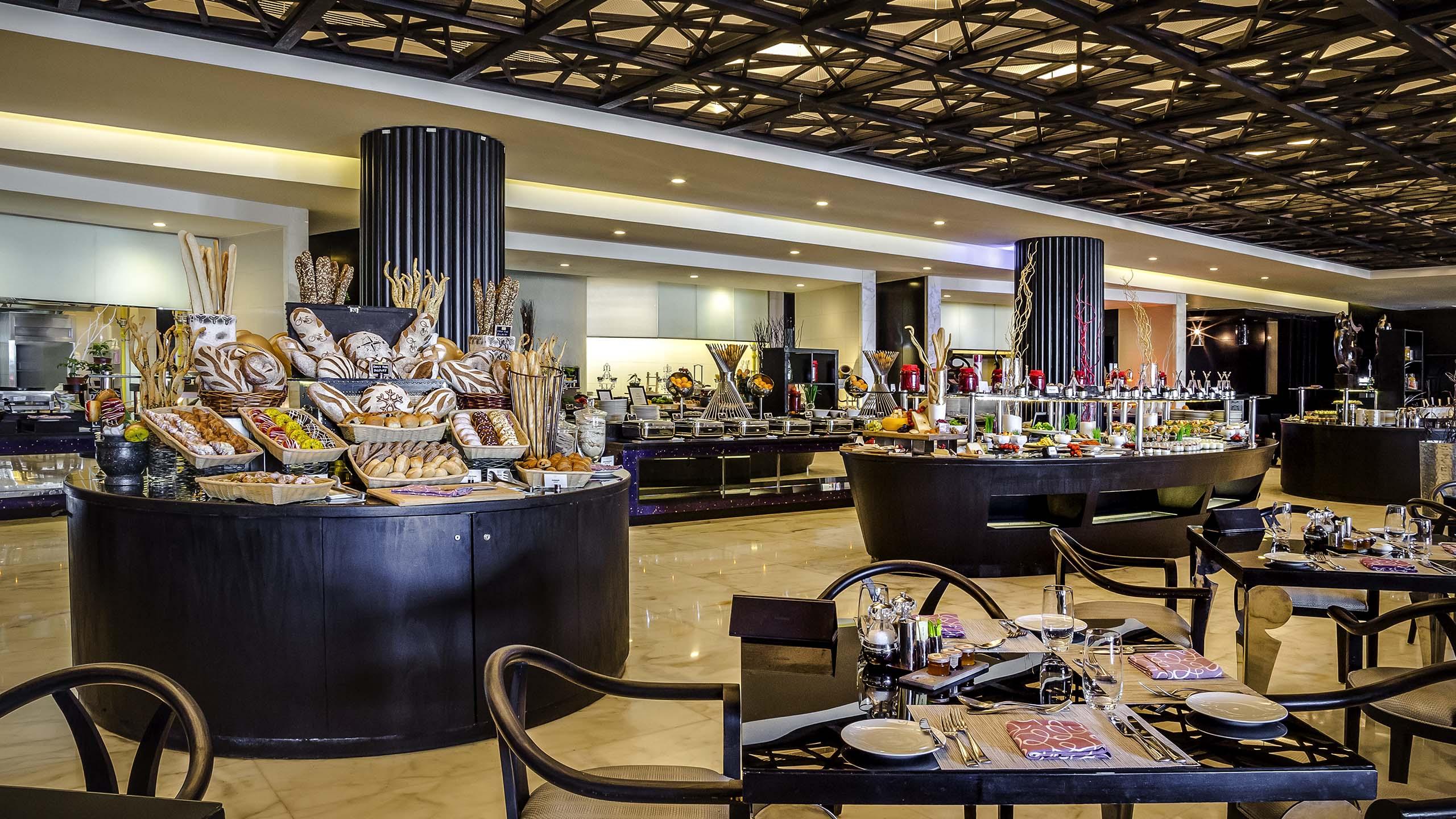 Luxury hotel ABU DHABI – Sofitel Abu Dhabi Corniche