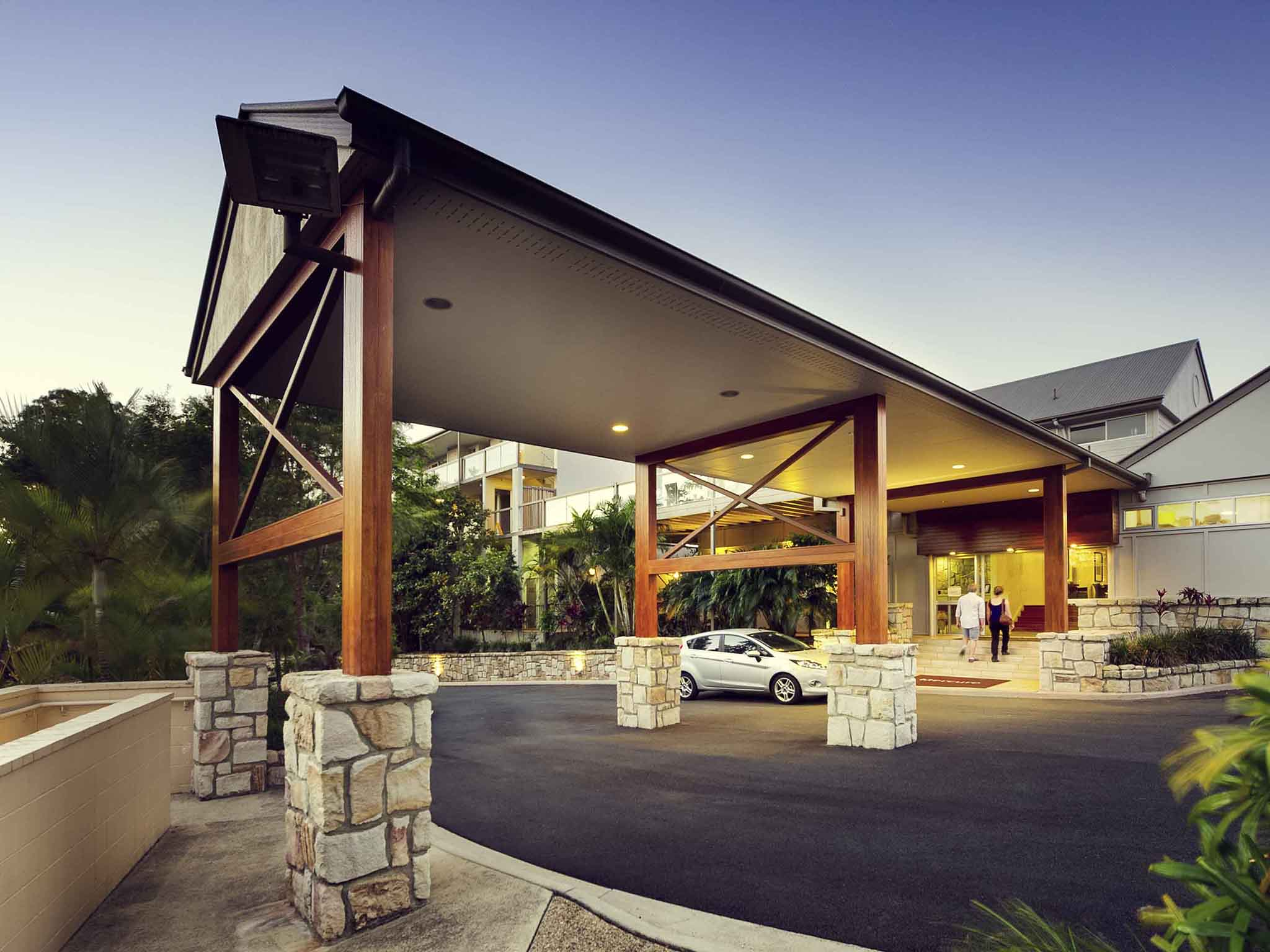 Hotell – Mercure Clear Mountain Lodge