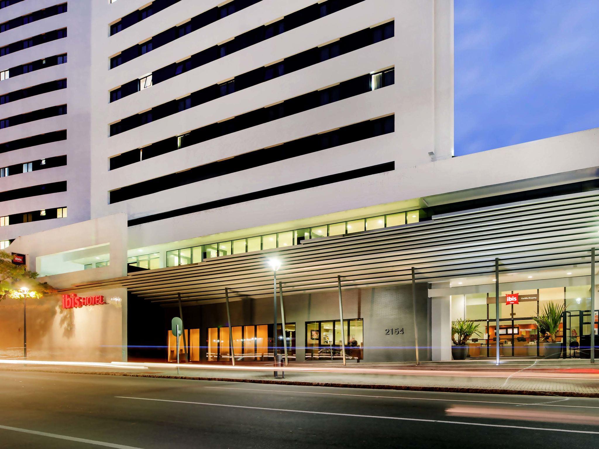 Отель — ibis Curitiba Shopping