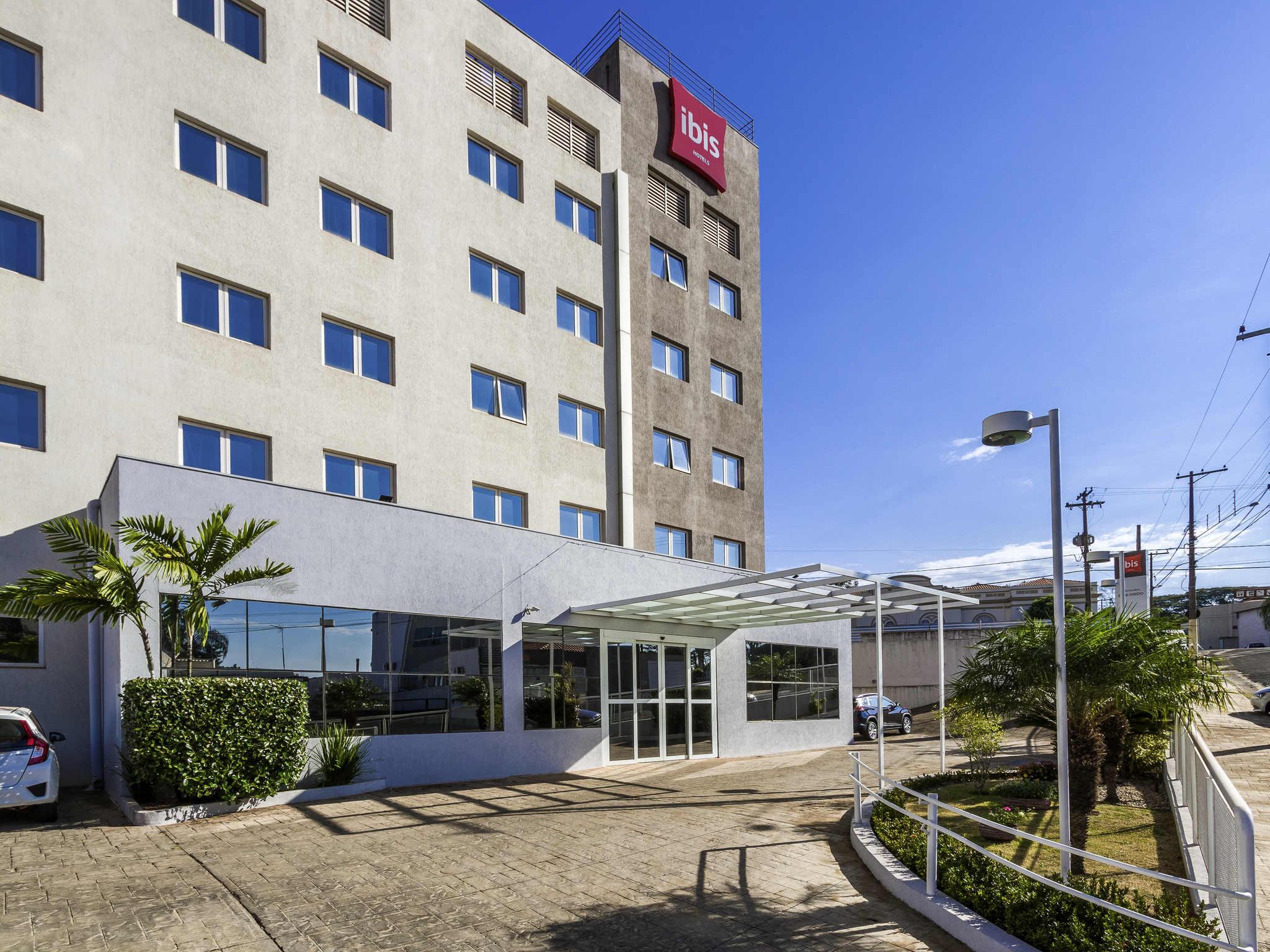 Отель — ibis Jaboticabal