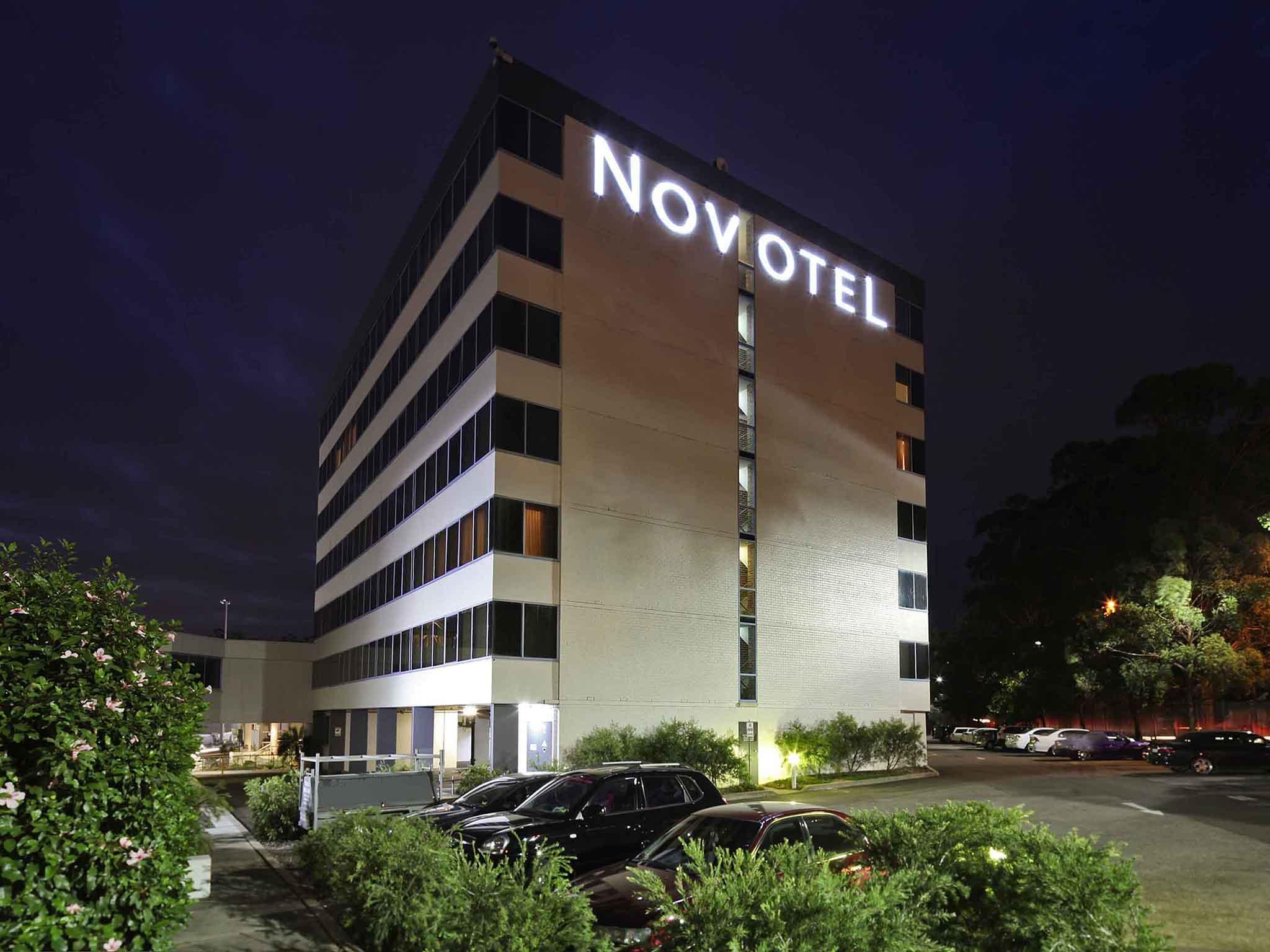 Hotel – Novotel Sydney West HQ