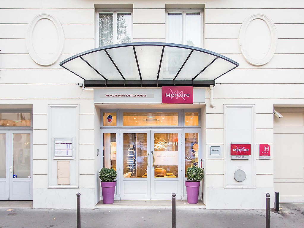 H tel paris voltaire paris book your hotel with for Hotel boulevard richard lenoir paris