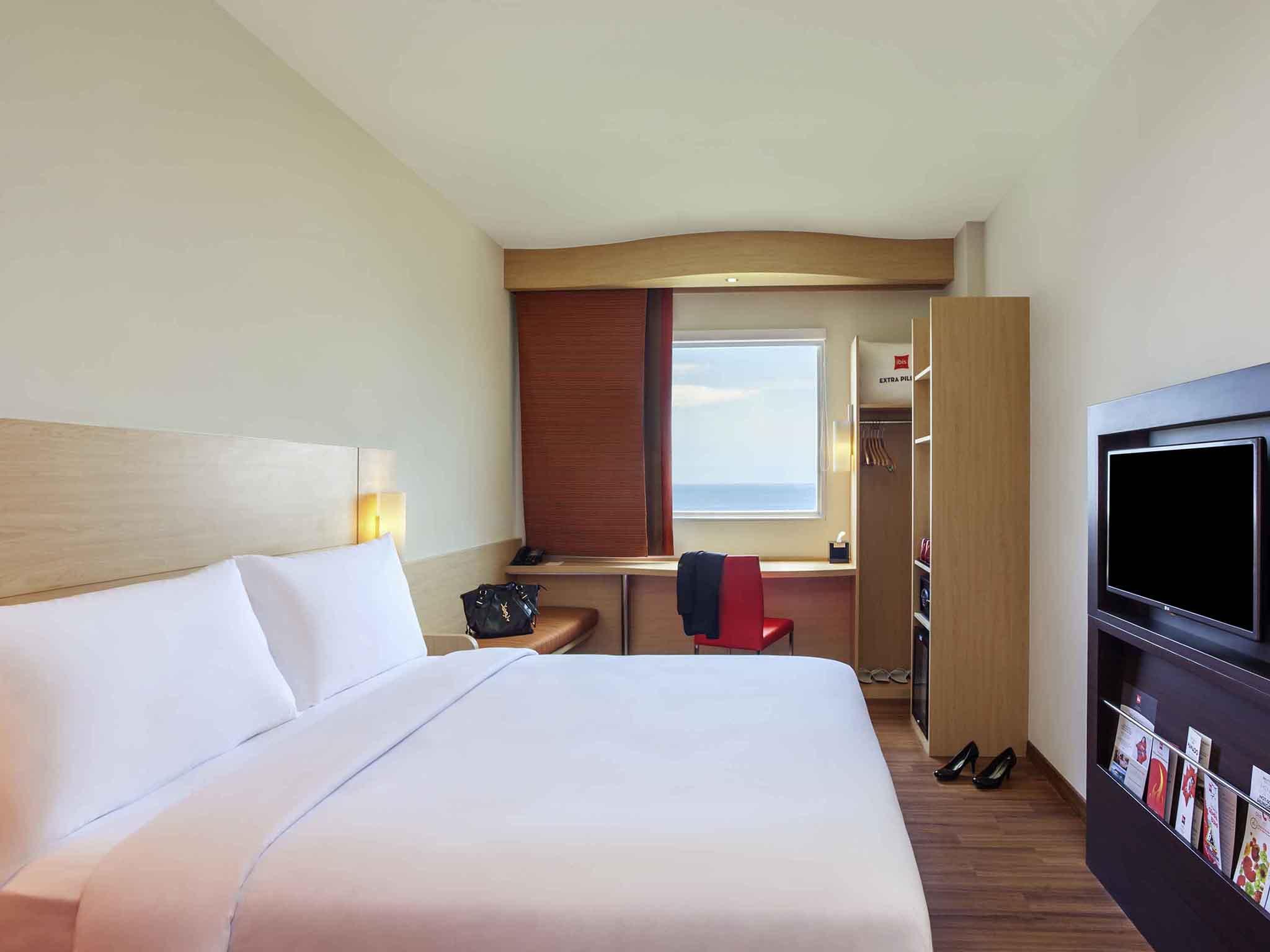 Отель — ibis Манадо Сити Центр Бульвар