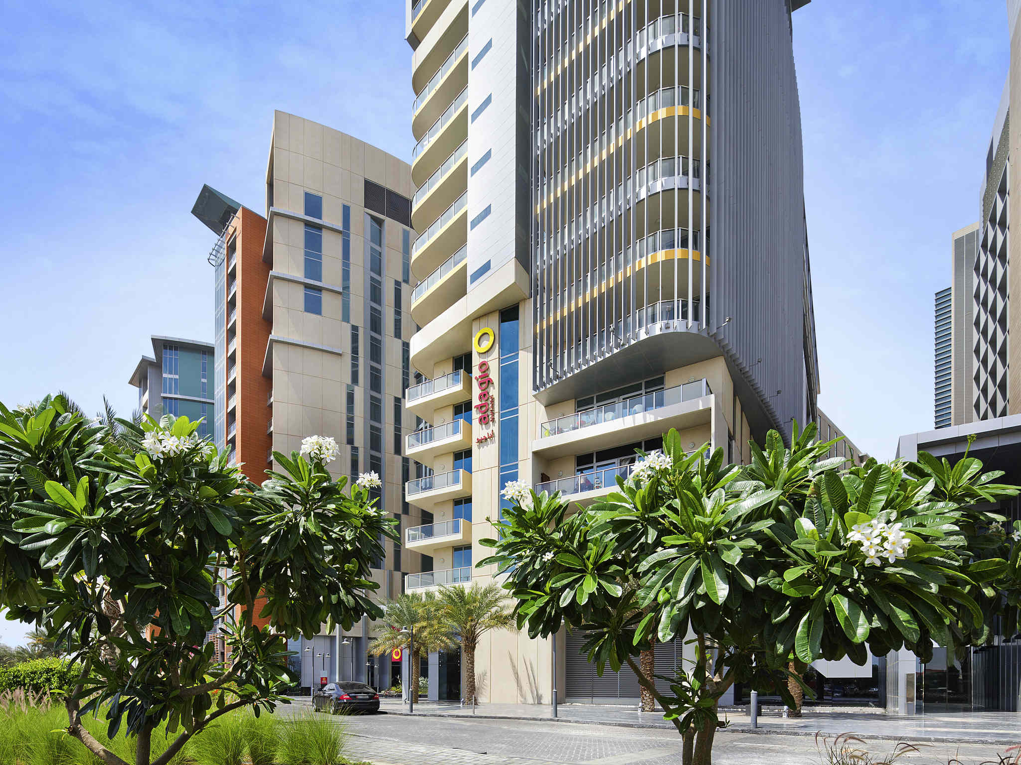 Hotel In Abu Dhabi Aparthotel Adagio Al Bustan With Pool