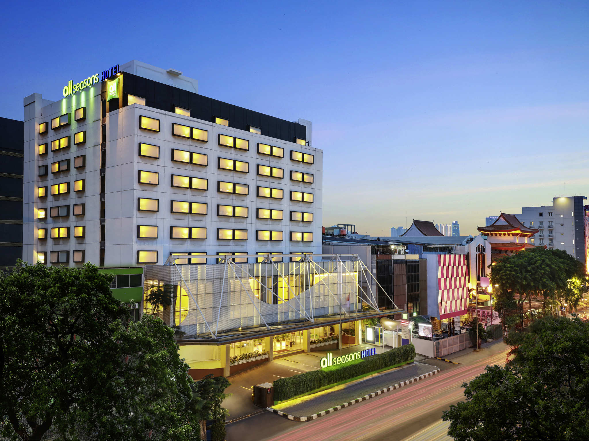 Отель — all seasons Джакарта Гаджа Мада