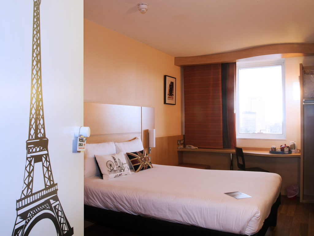 myroom by grgoire a french touch in london room with double bed