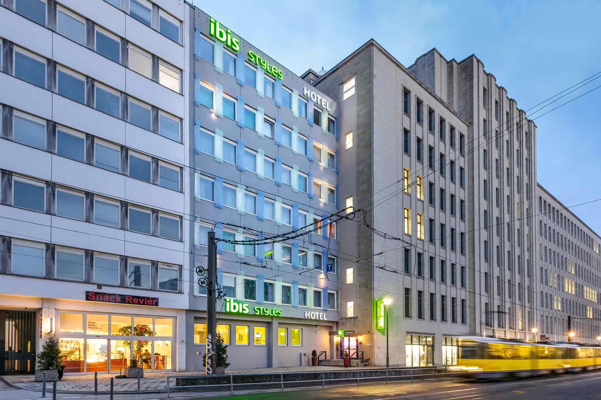 Отель — ibis Styles Берлин Александрплац