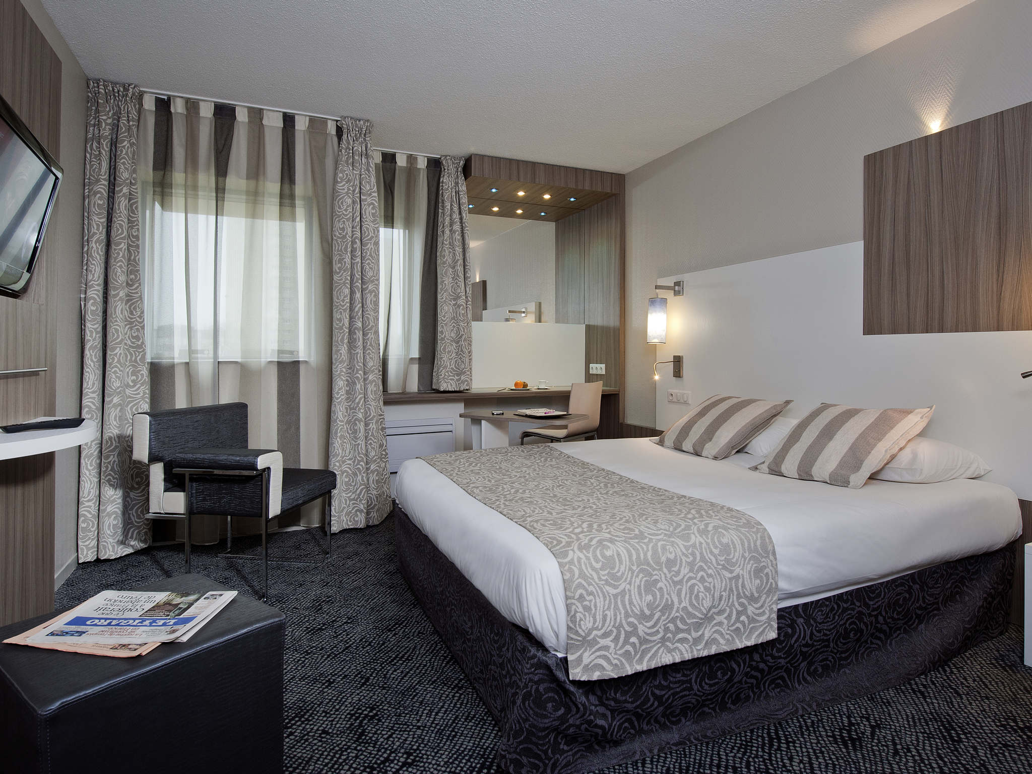Hotel Mercure Paris Sud Parc Du Coudray Hotel In Rubelles Ibis Styles Melun