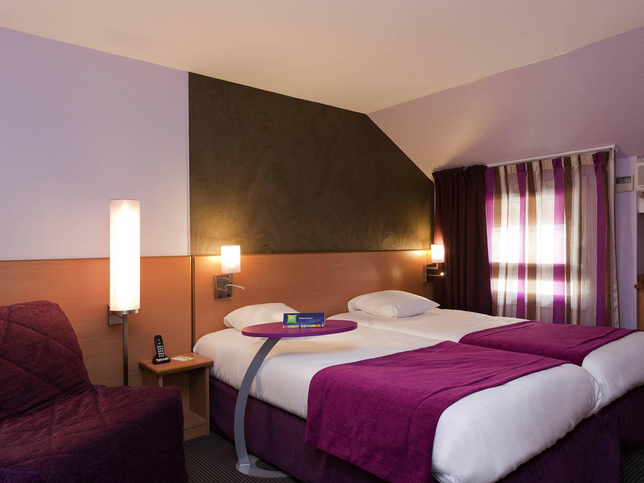 H Tel Bourg En Bresse Ibis Styles Bourg En Bresse