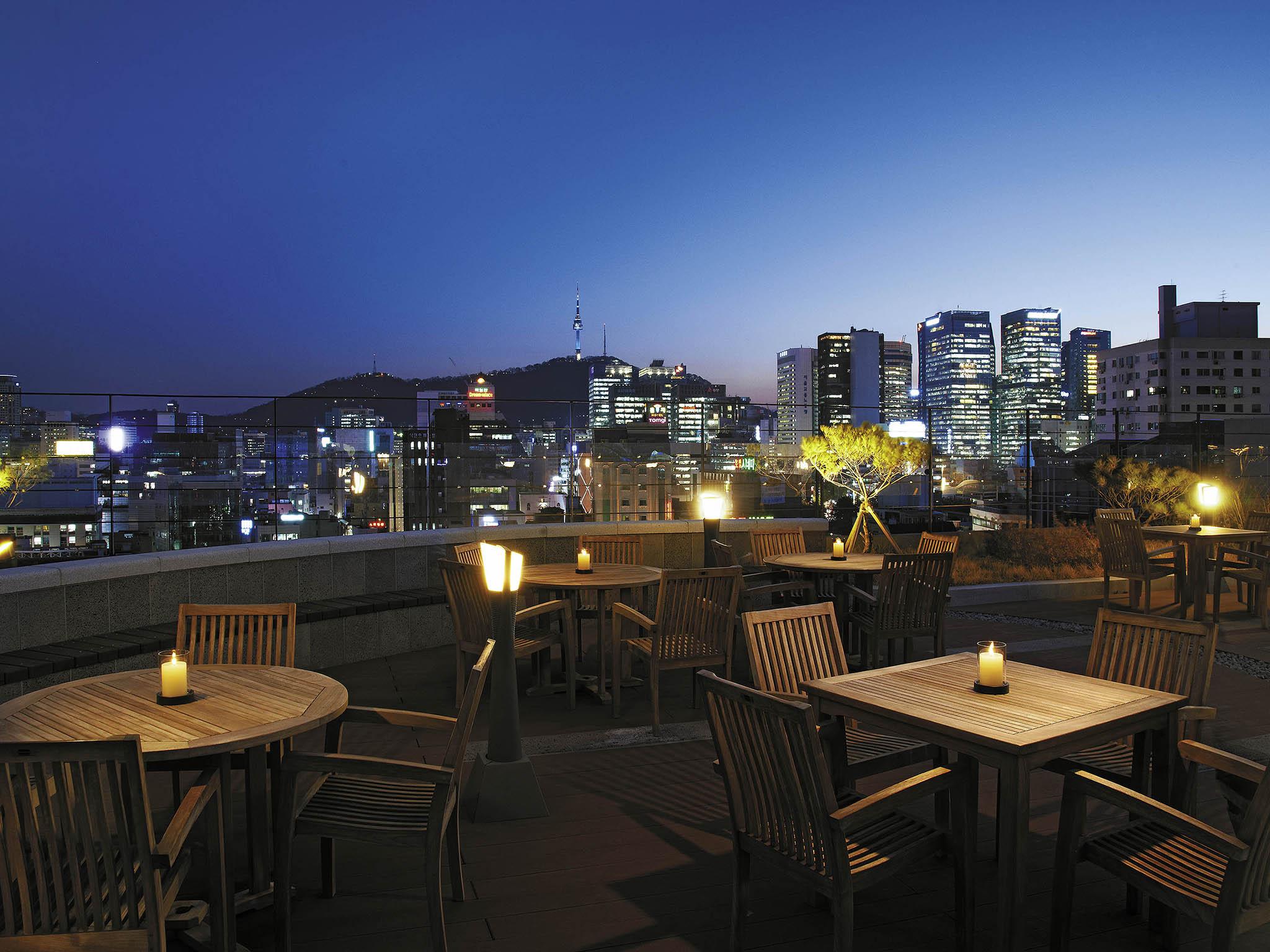 Отель — ibis Амбассадор Сеул Инсадон