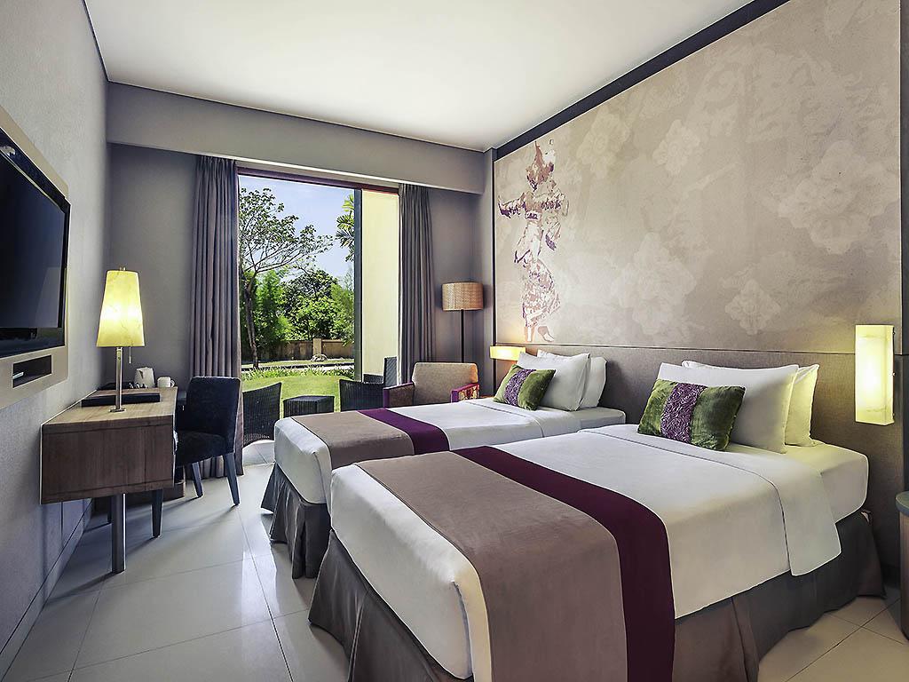 Mercure Bali Nusa Dua Business Leisure Accorhotels Voucher Hotel Ayodya Resort Deluxe Bed An Breakfast Room With 2 Single Beds Terrace And Garden View