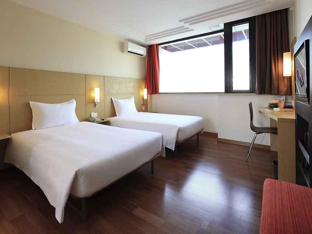Hotel economici shanghai ibis shanghai yu garden for Hotel economici ad amsterdam