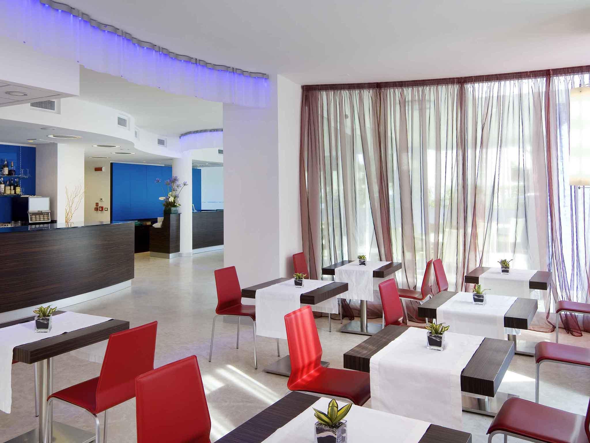 Mercure Rimini Promenade hotel