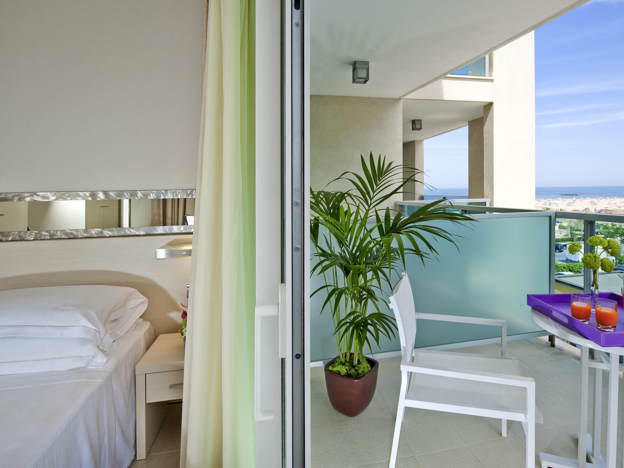 Отель — Mercure Rimini Artis