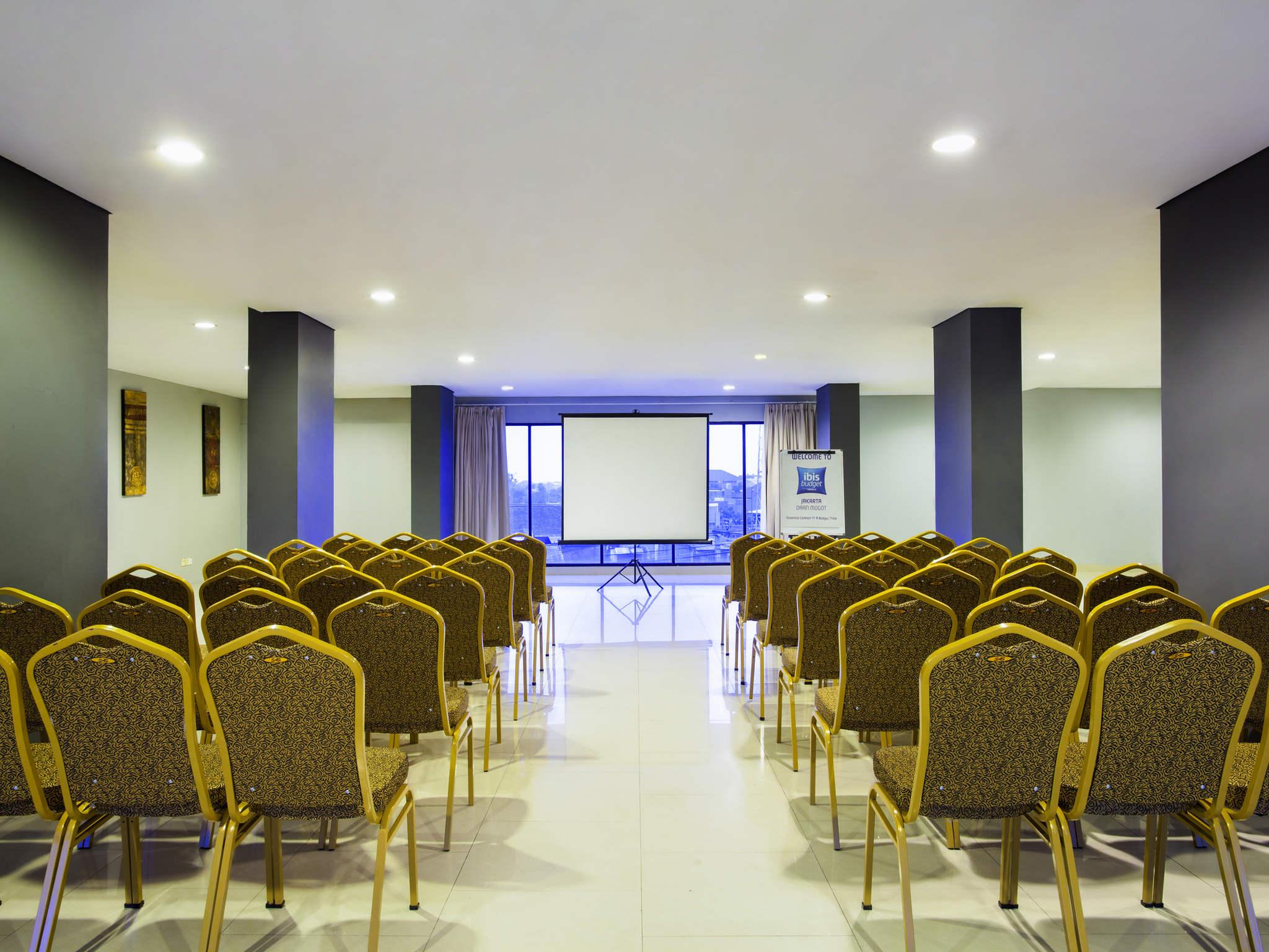 Ibis Budget Jakarta Daan Mogot Hotel In West Cetak Foto Ukuran 24r Salon Meetings And Events
