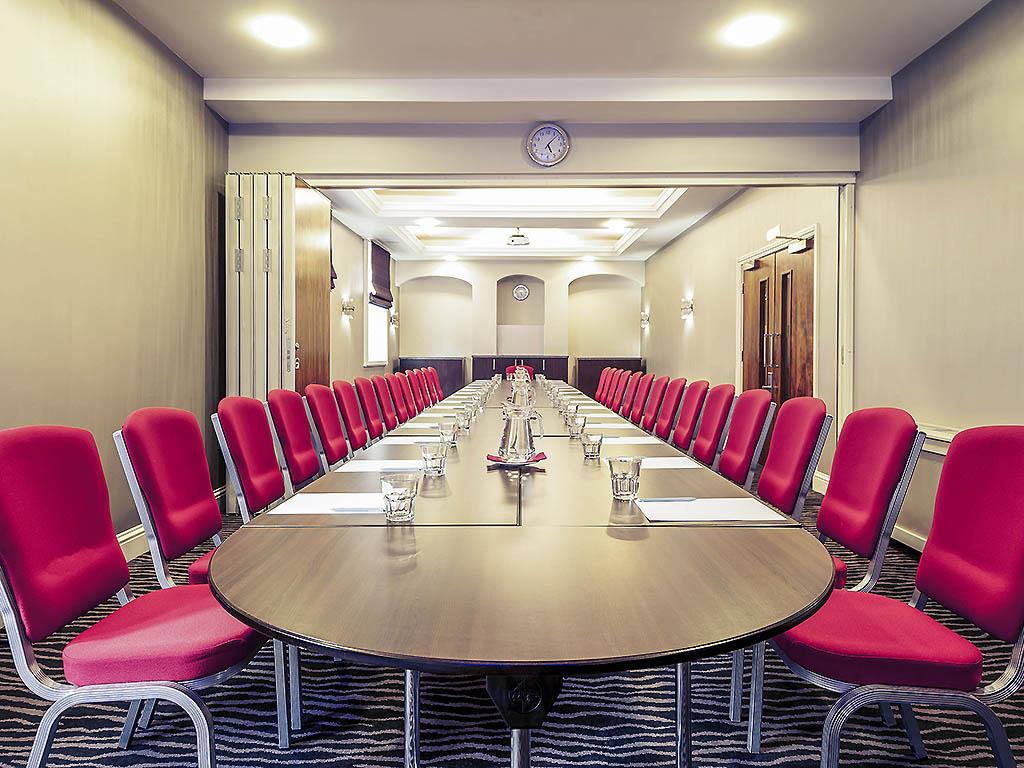 Mercure Nottingham City Centre George Hotel Meeting Room