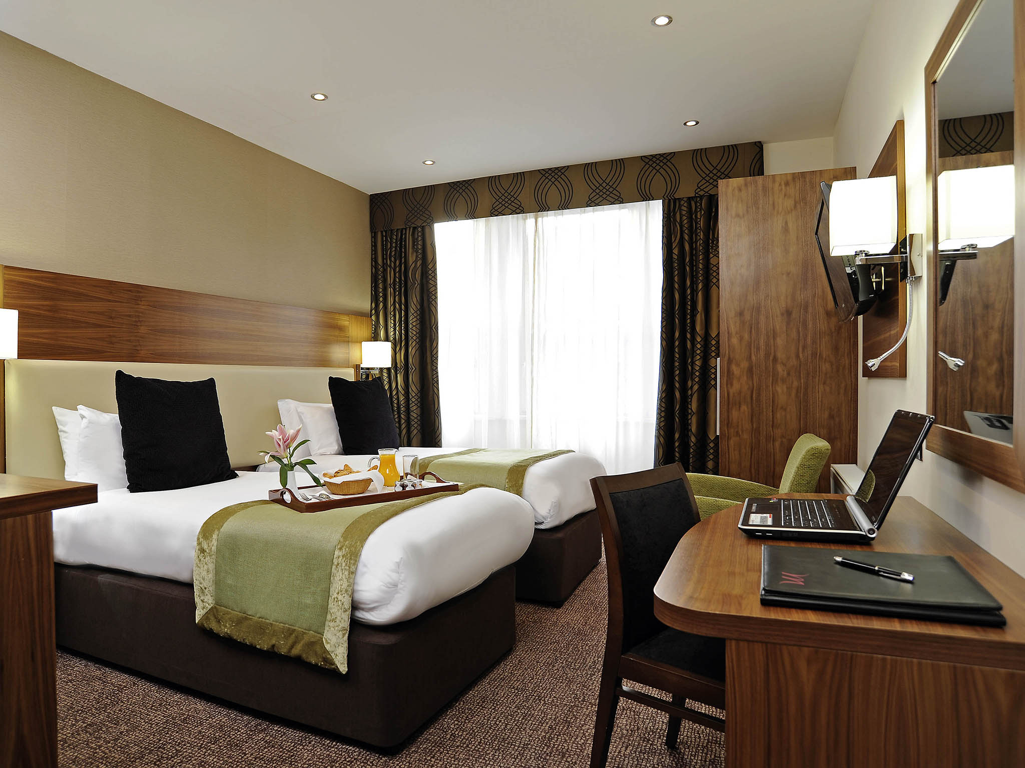 Mercure london bloomsbury quality hotel in london for Hotel adagio londres
