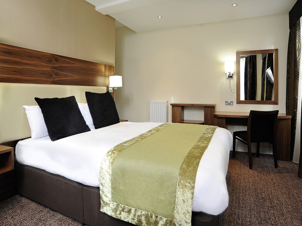 H tel londres mercure londres bloomsbury for Chambre avec lit king size