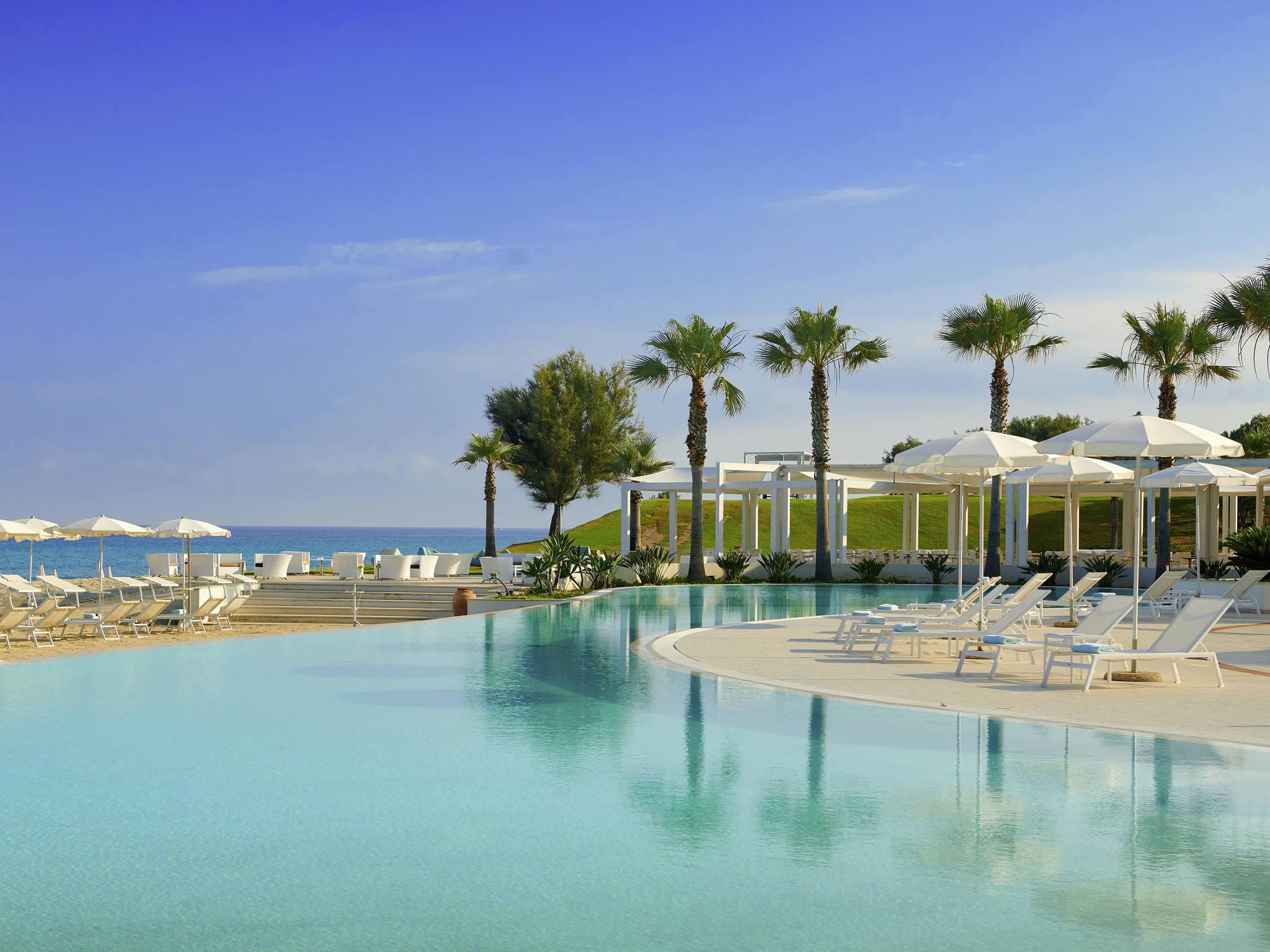 Отель — Capovaticano Resort Thalasso & Spa - MGallery by Sofitel