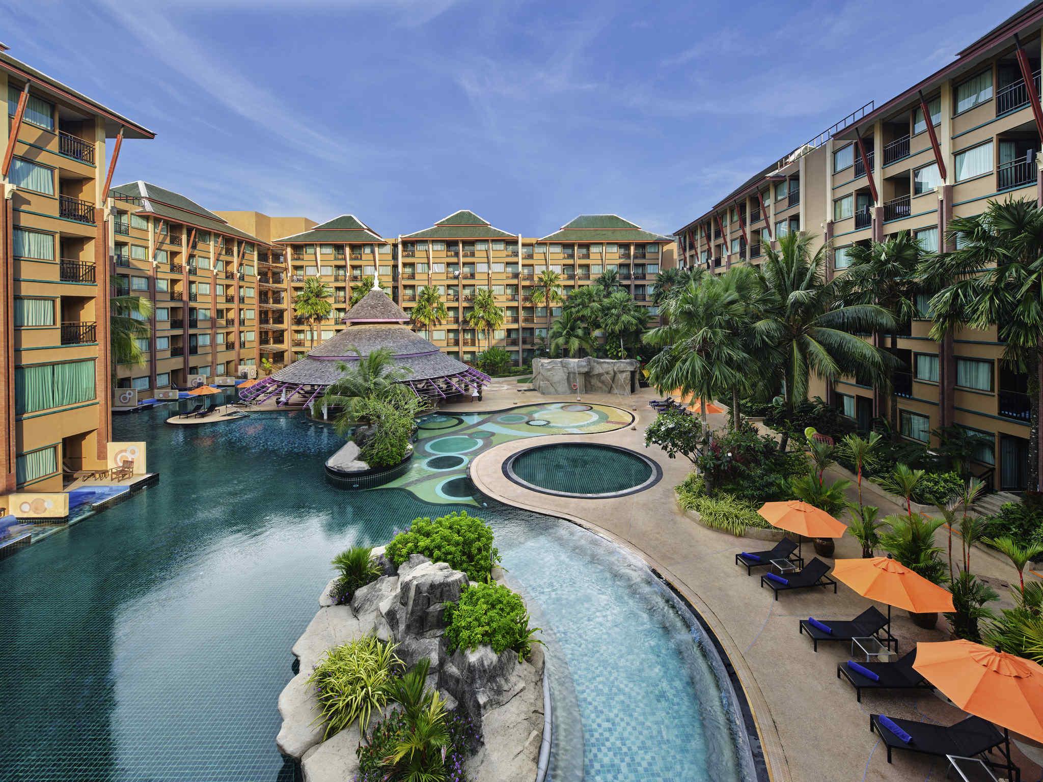 Hotell – Novotel Phuket Vintage Park Resort