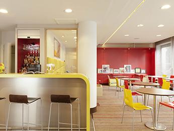 hotel pas cher honfleur ibis styles honfleur centre historique. Black Bedroom Furniture Sets. Home Design Ideas