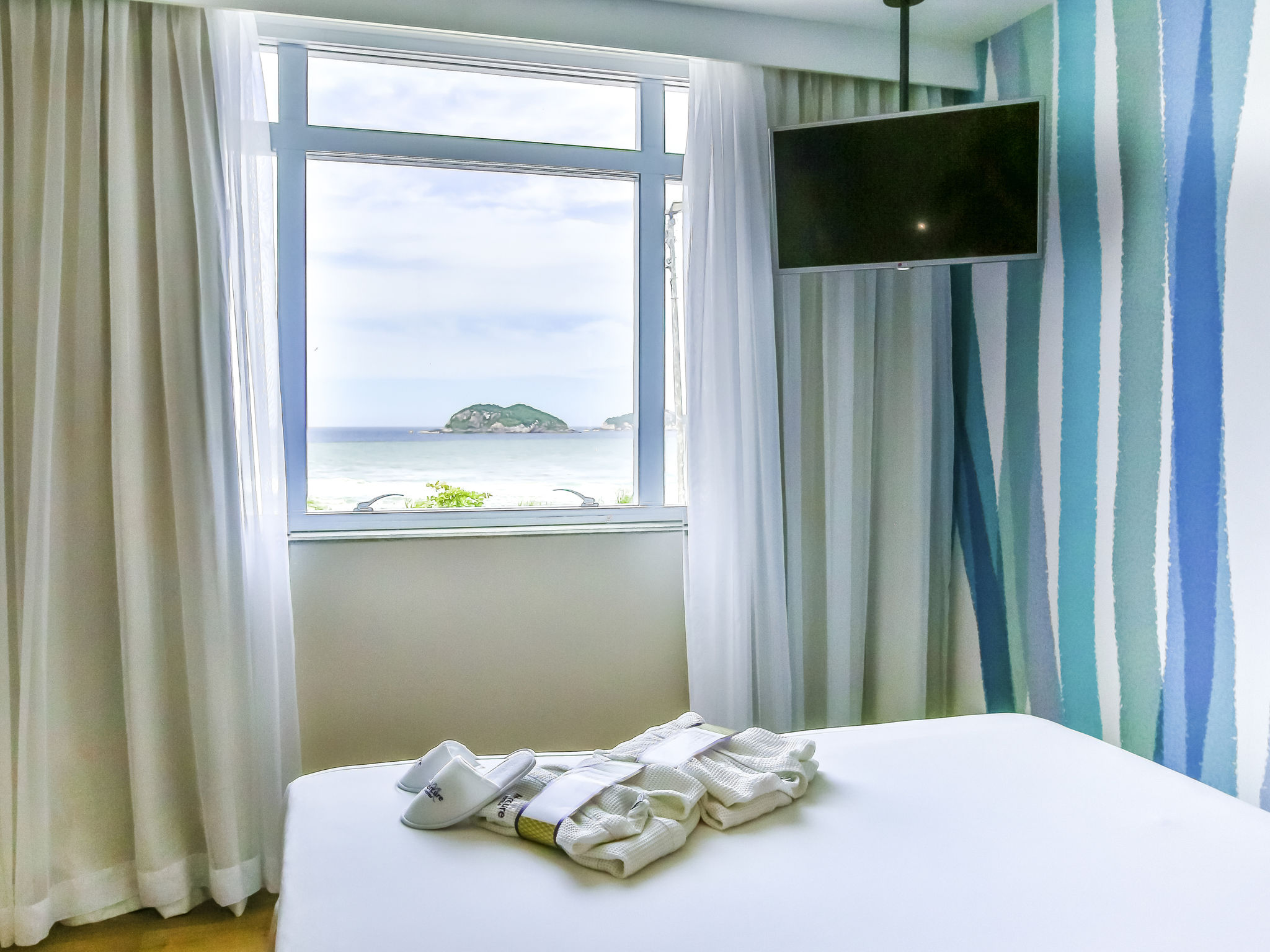 Отель — Mercure Рио-де-Жанейро Барра-да-Тижука