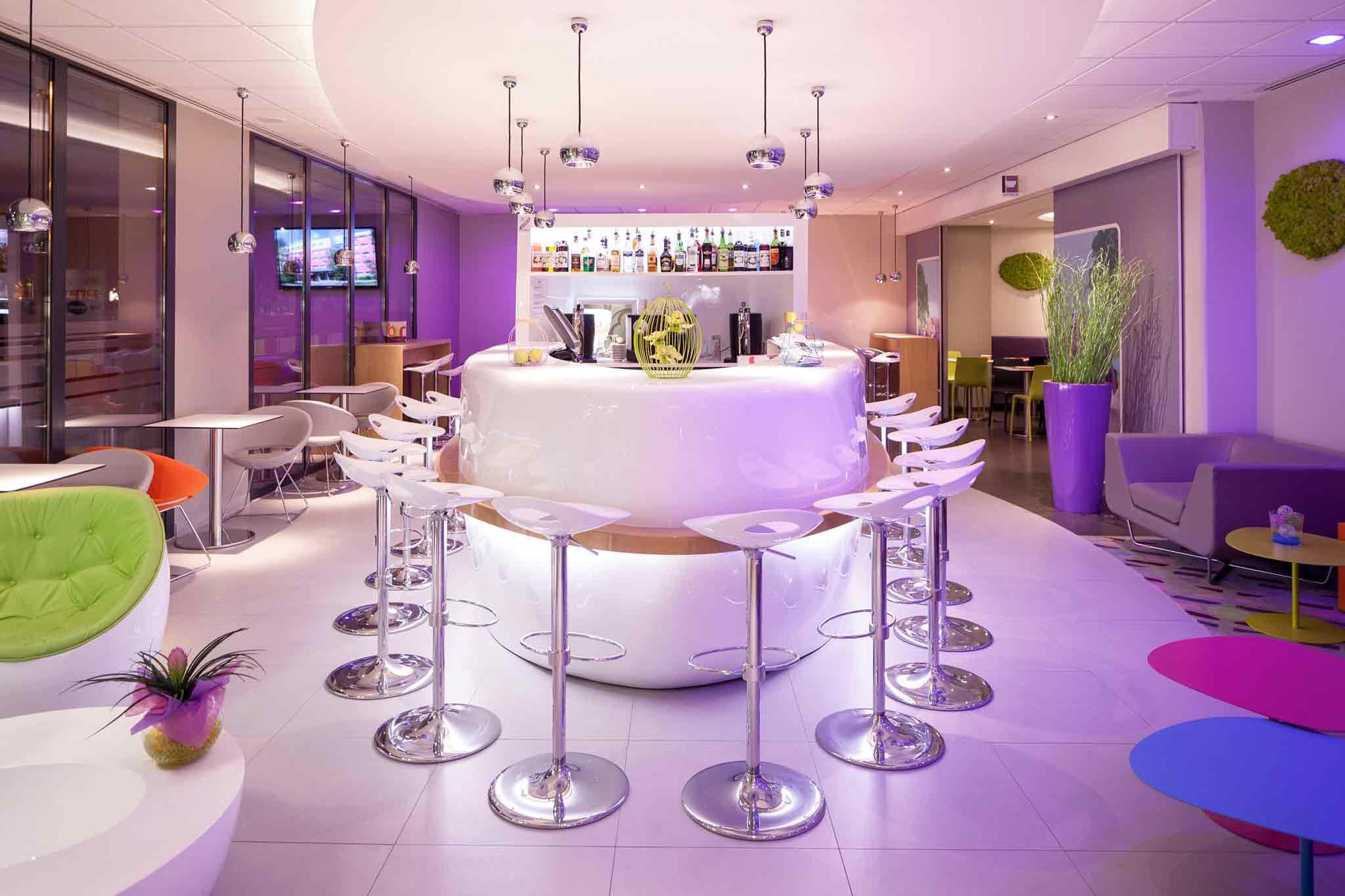 Отель — ibis Styles Montbéliard Centre Velotte