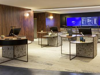 Hotel in paris pullman paris montparnasse for Hotel design montparnasse