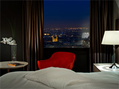 The rooms renovated in 2012 offer stunning panoramic views of Paris