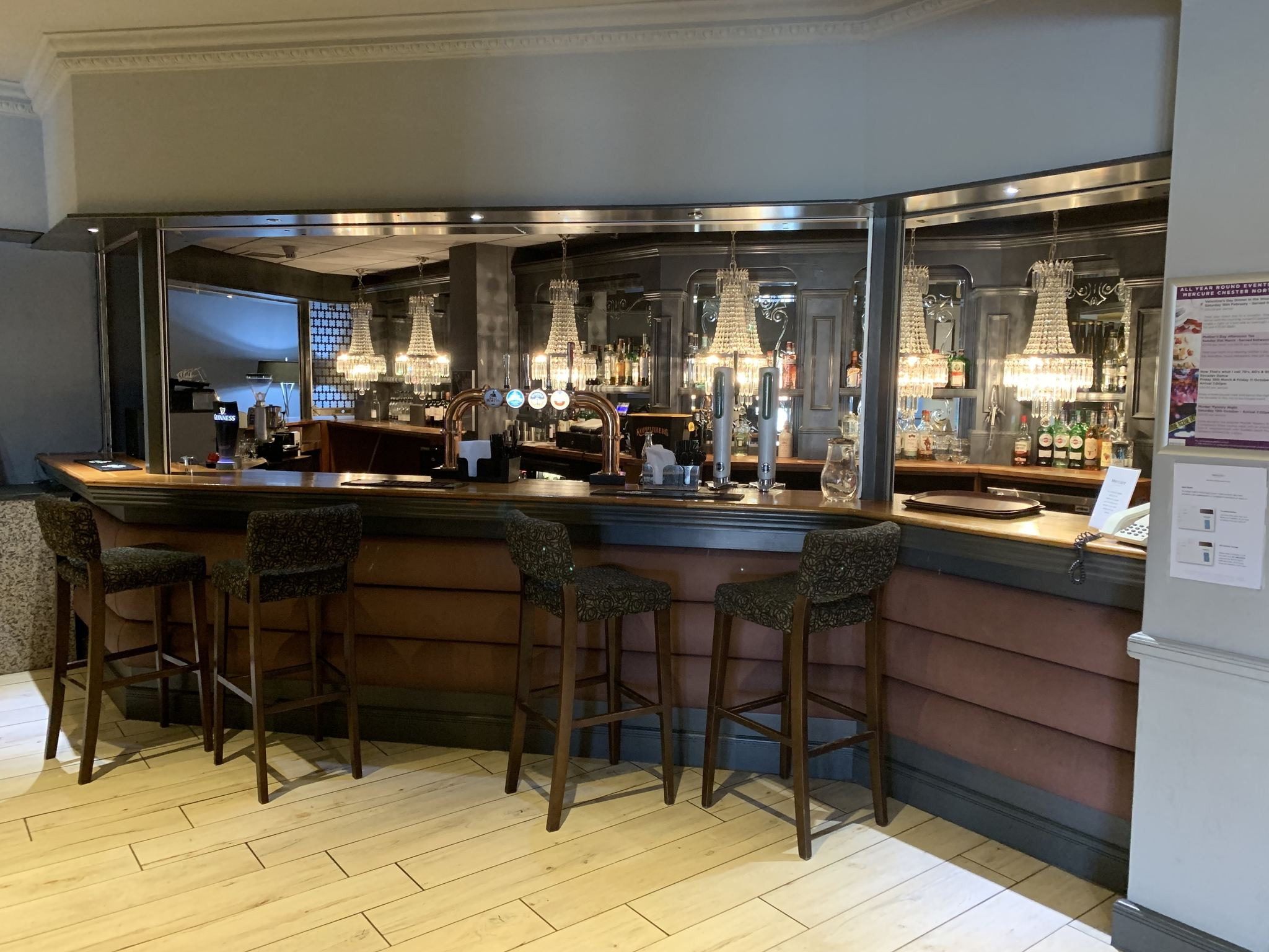 ... Bar   Mercure Chester North Woodhey House Hotel ...