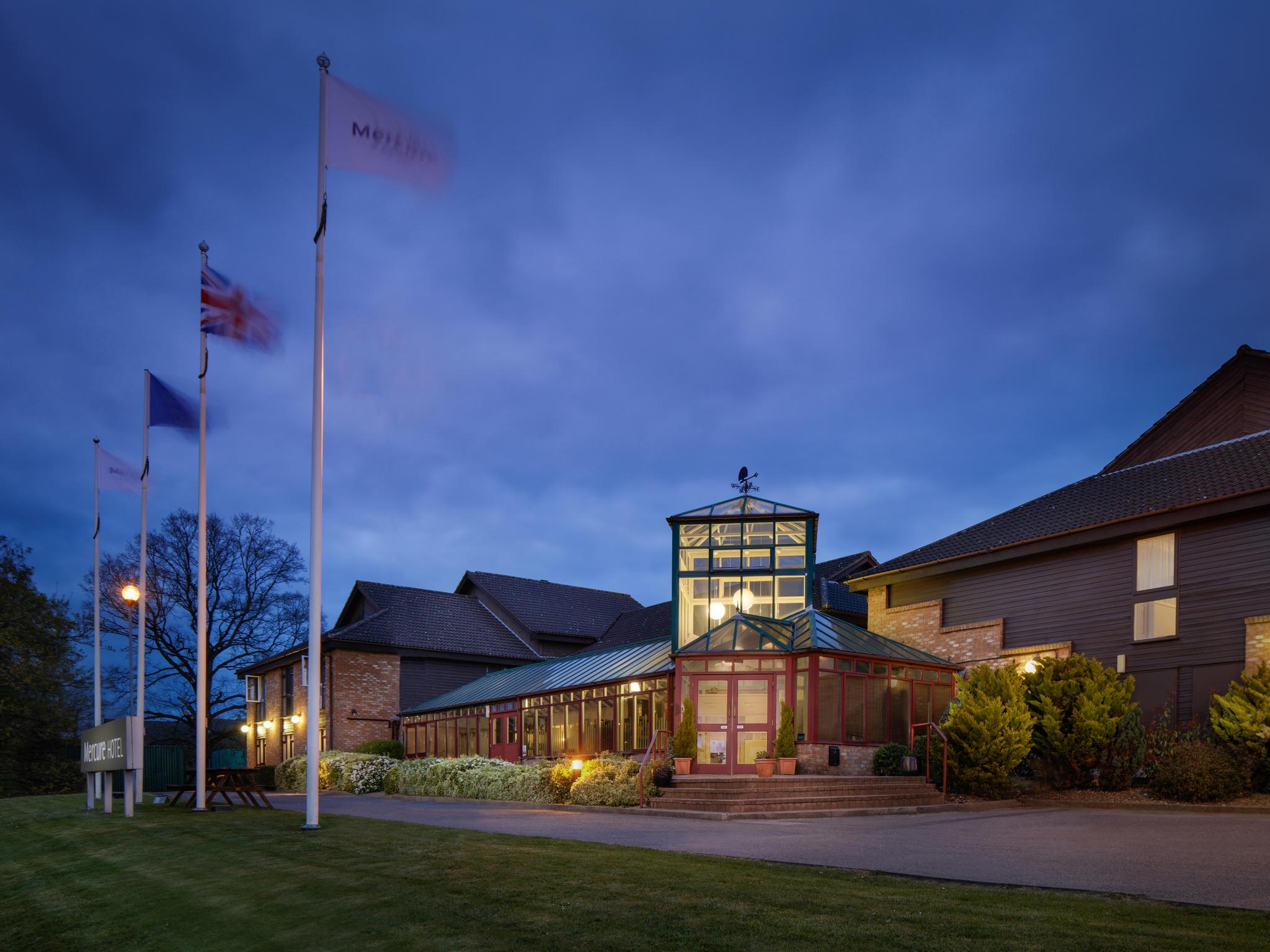 Hotel – Mercure Hatfield Oak Hotel