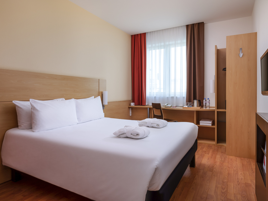 Hotel pas cher moscou ibis moscou centre bakhrushina for Hotel moins cher