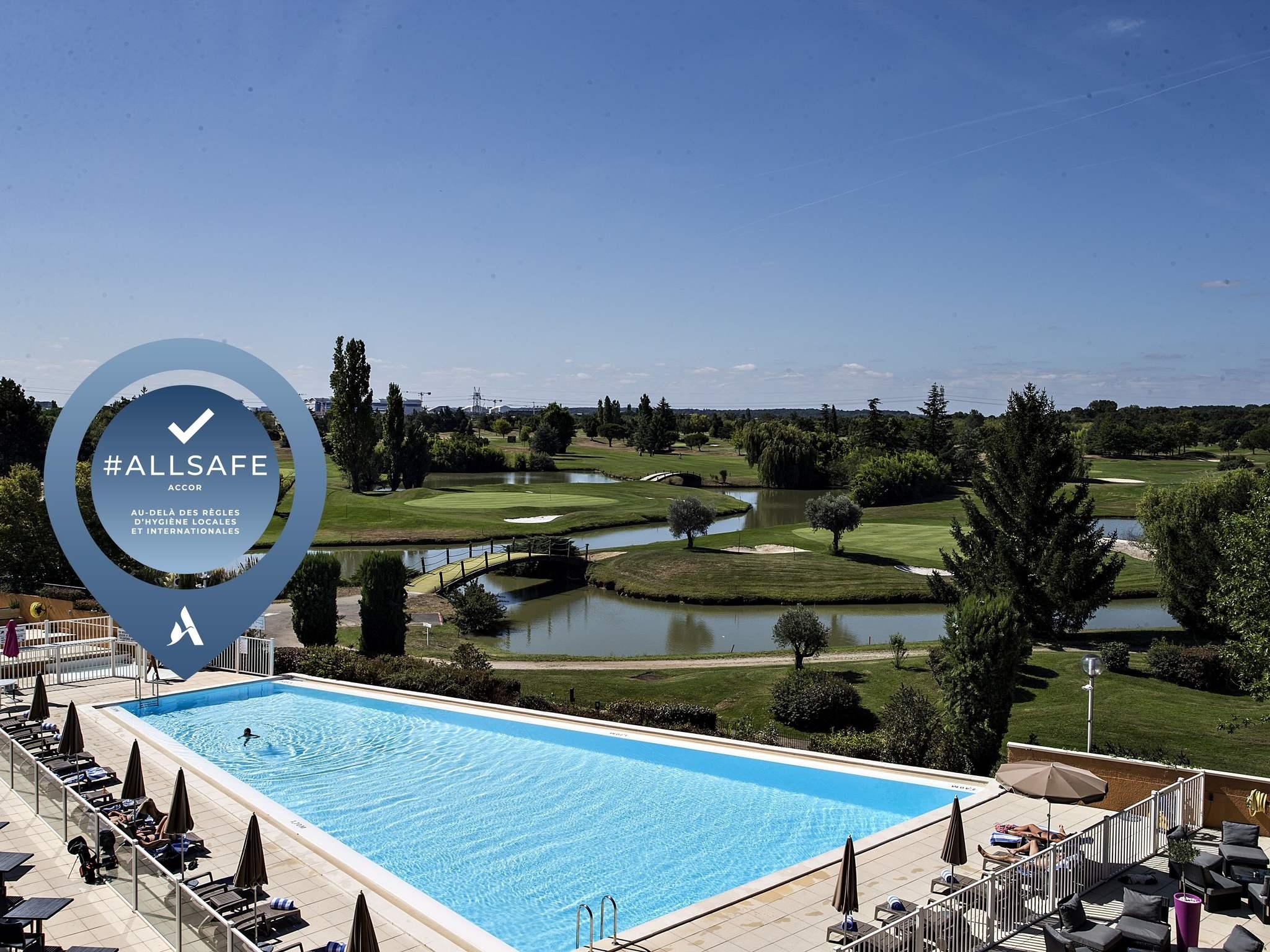 Hotel in SEILH - Mercure Toulouse Airport Golf de Seilh Hotel