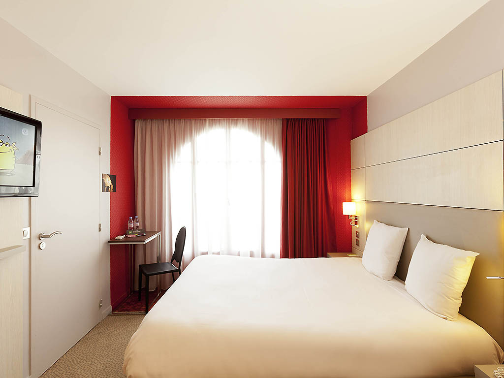 hotel ibis styles paris gare du nord tgv. Black Bedroom Furniture Sets. Home Design Ideas