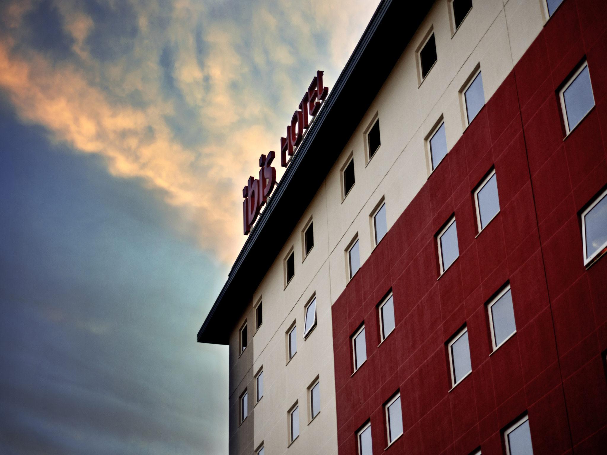 โรงแรม – ibis Canoas Shopping