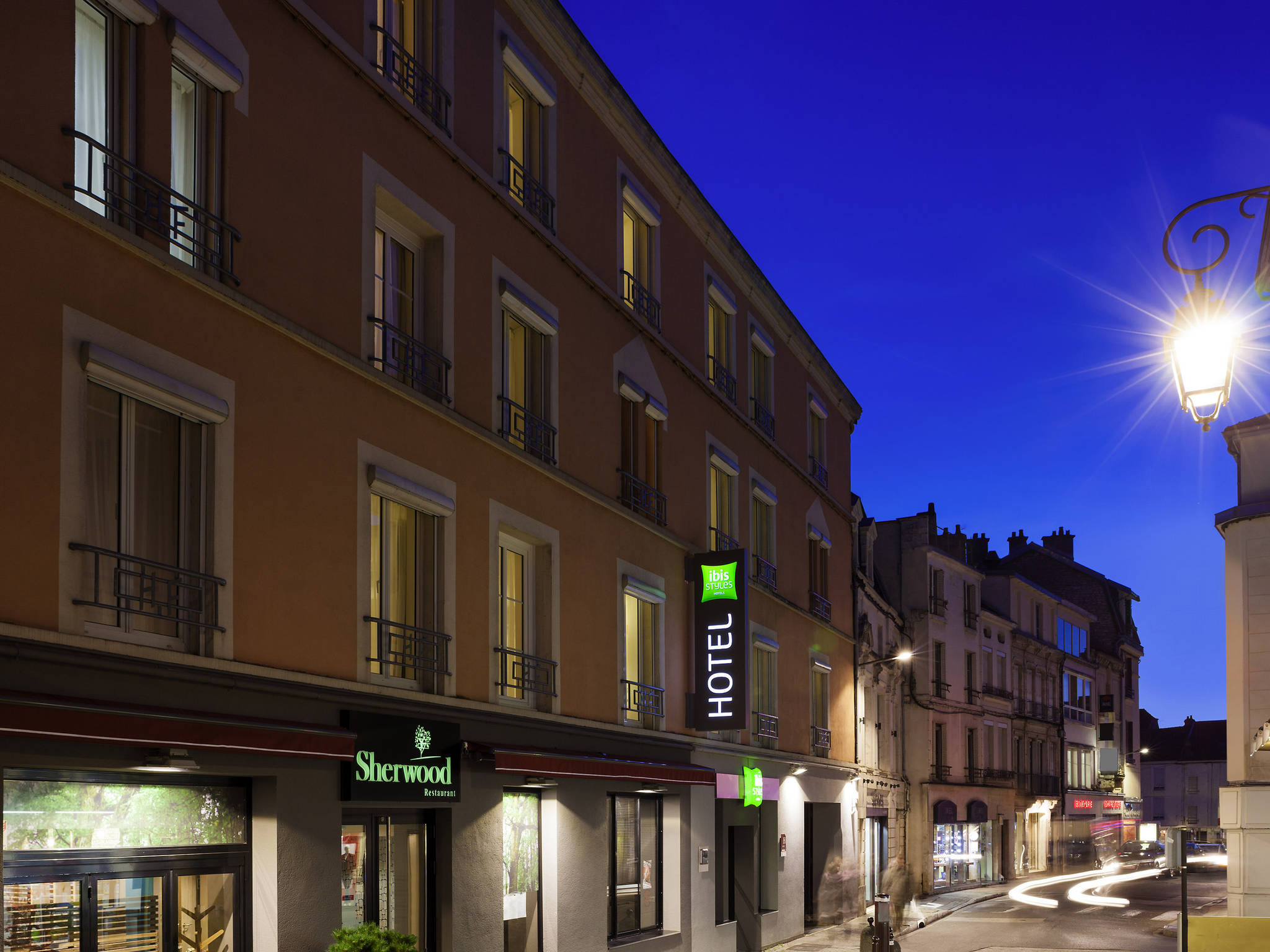 Hotel – ibis Styles Chaumont Centre Gare