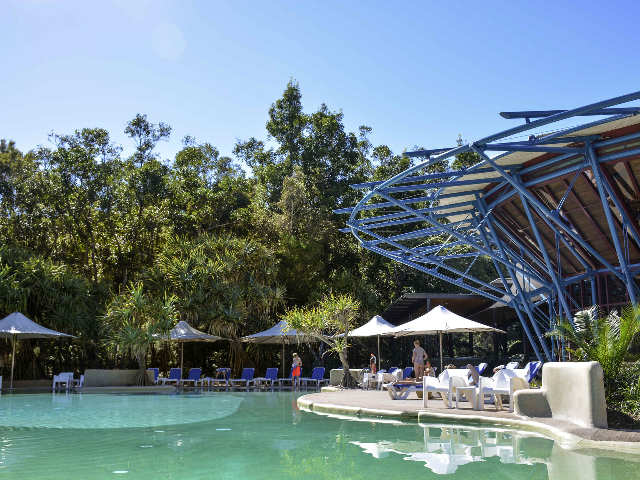 โรงแรม – Mercure Kingfisher Bay Resort Fraser Island