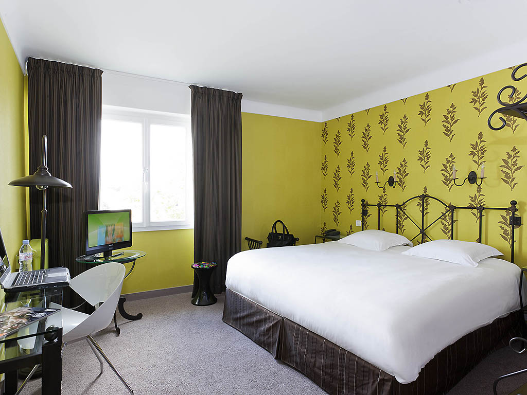 H tel niort ibis styles niort centre grand h tel for 2 chambres communicantes