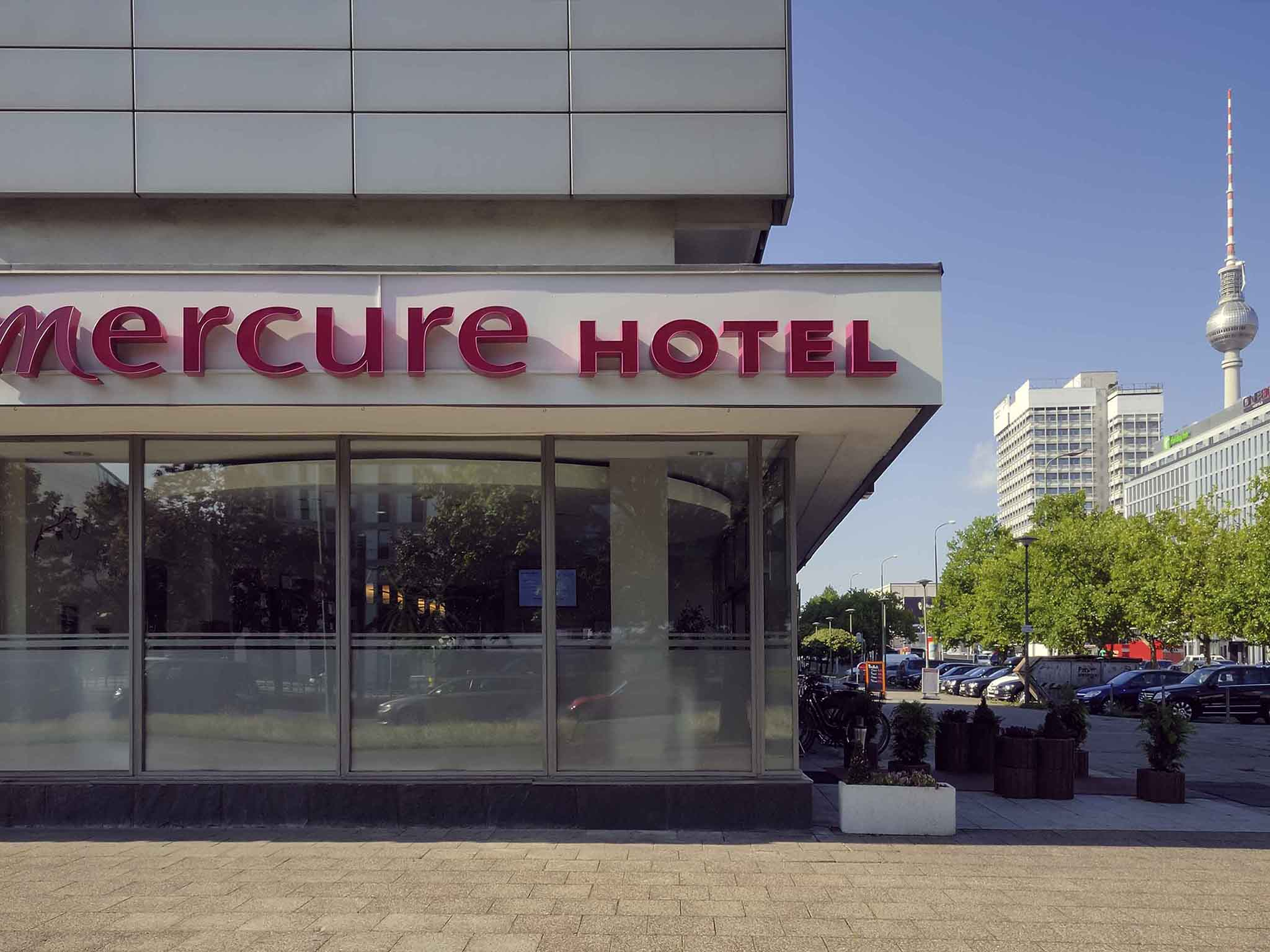 Mercure Hotel Berlin am Alexanderplatz. Book now! Wifi!
