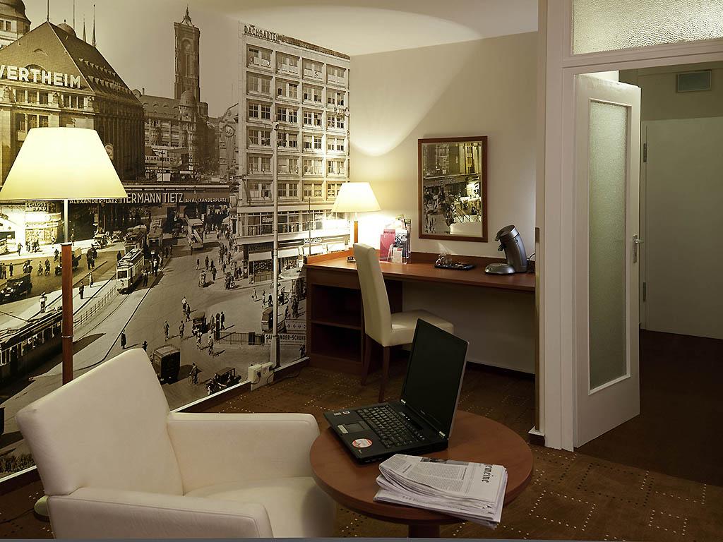mercure hotel berlin am alexanderplatz book now wifi. Black Bedroom Furniture Sets. Home Design Ideas