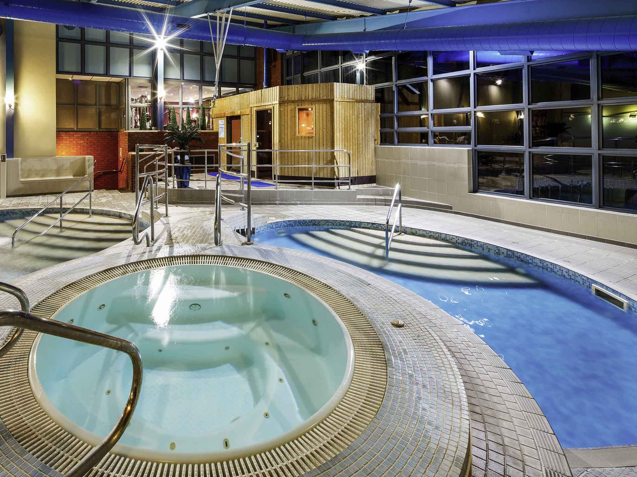 Llandudno swimming centre tripadvisor mercure chester abbots well quality hotel in chester for North wales hotels with swimming pools